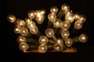 light-bulbs-235856_640